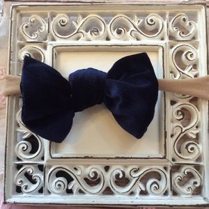 Other - Boutique Baby Girls Dark Blue Velvet Headband